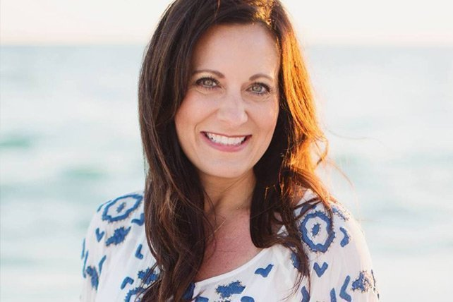 31 Captivating Lysa TerKeurst Quotes